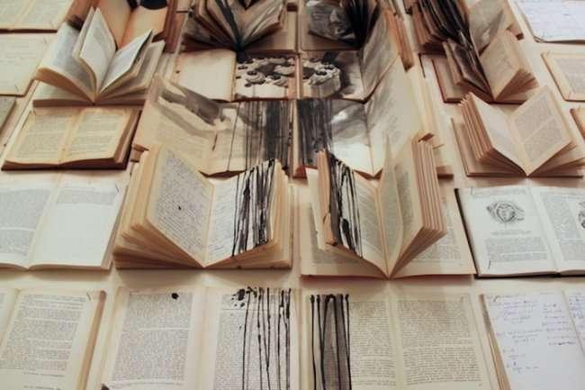 Картины на страницах старых книг: творчество Екатерины Паникановой (7 фото)