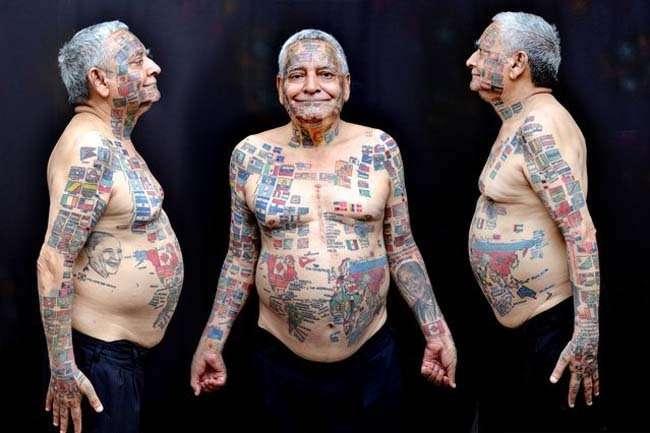 Человек с 220 флагами на теле (7 фото)