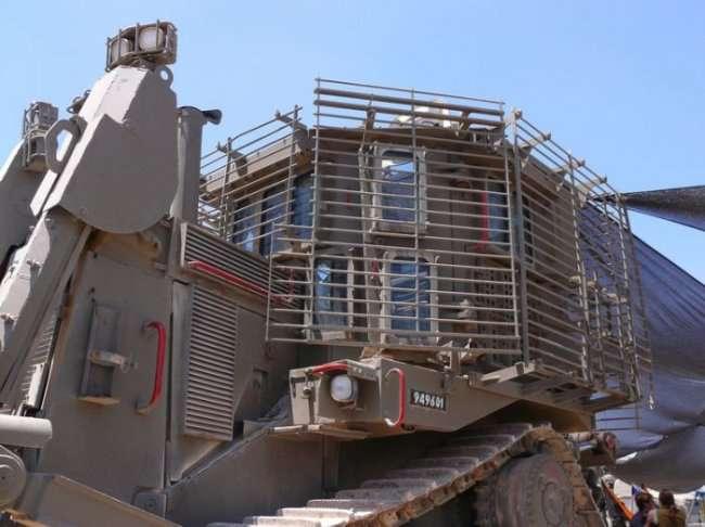 Супер трактор из Израиля (16 фото)