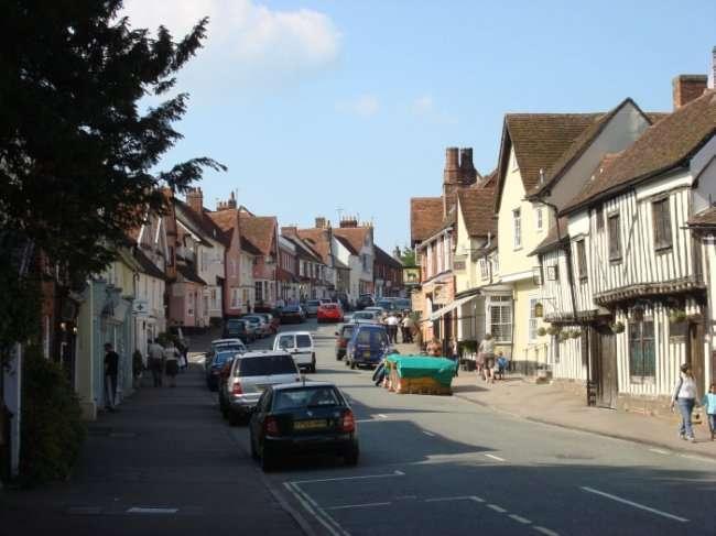 Кривая деревня в Англии (14 фото)