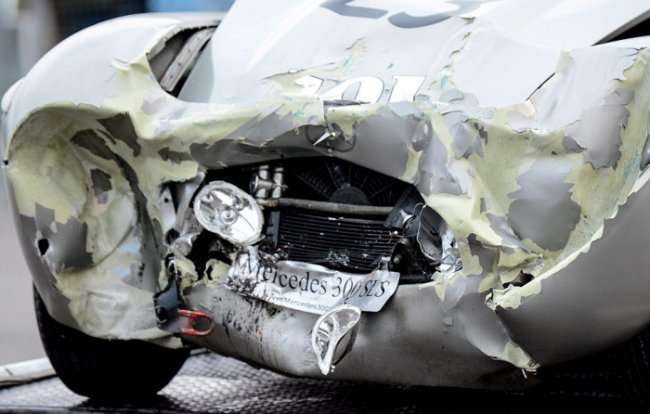 ДТП 2-х раритетных машин стоимостью 5 млн фунтов (9 фото)