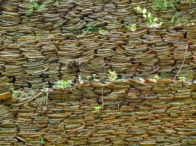 Самая старая свалка в мире (8 фото)