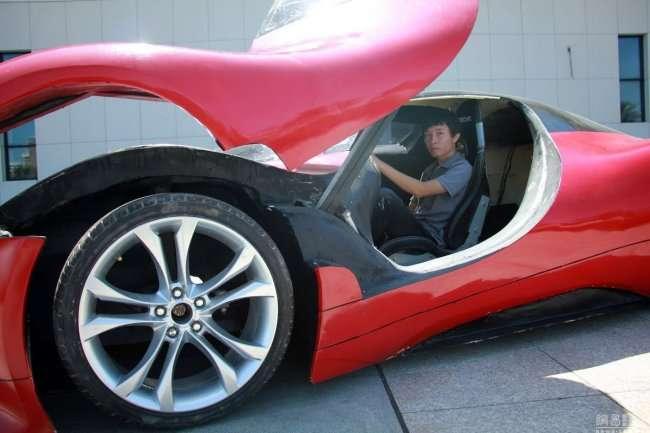 Самодельный суперкар (11 фото)