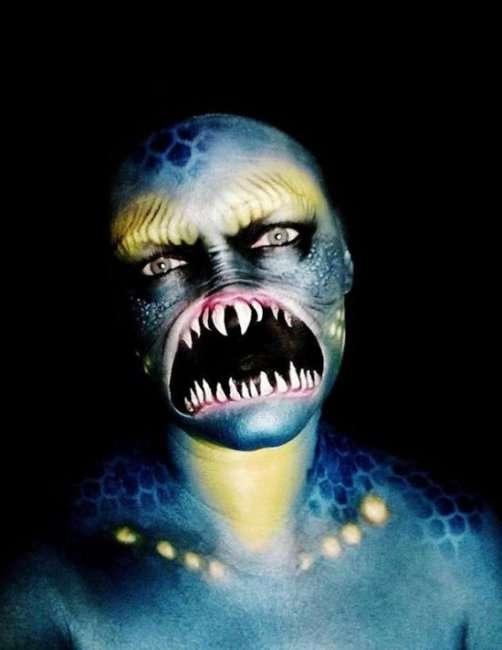Никки Шелли создает образы на Хэллоуин (23 фото)