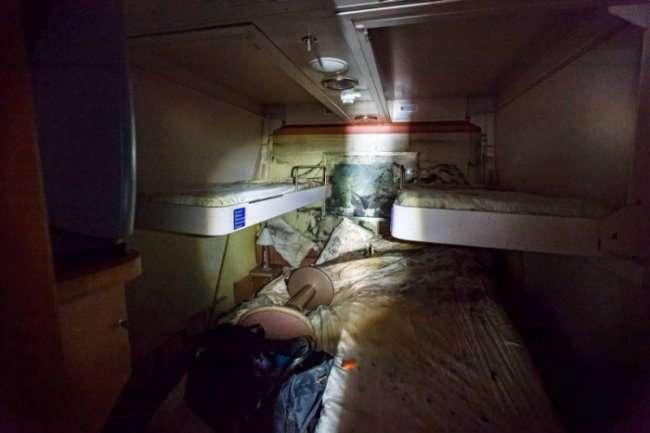 Фотографии с поднятого лайнера Costa Concordia (13 фото)