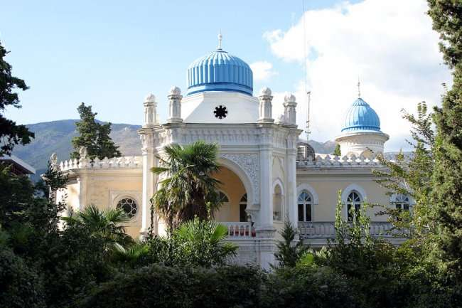 Интересные места в городе Ялта (13 фото)