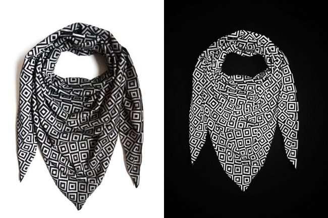 Этот шарф скрывает лицо, если использовать вспышку (10 фото)