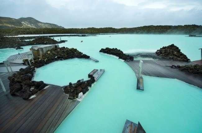 Голубая лагуна в Исландии (10 фото)