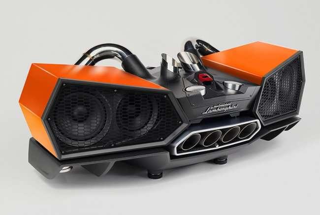 Стереосистема, созданная из запчастей на Lamborghini (7 фото)